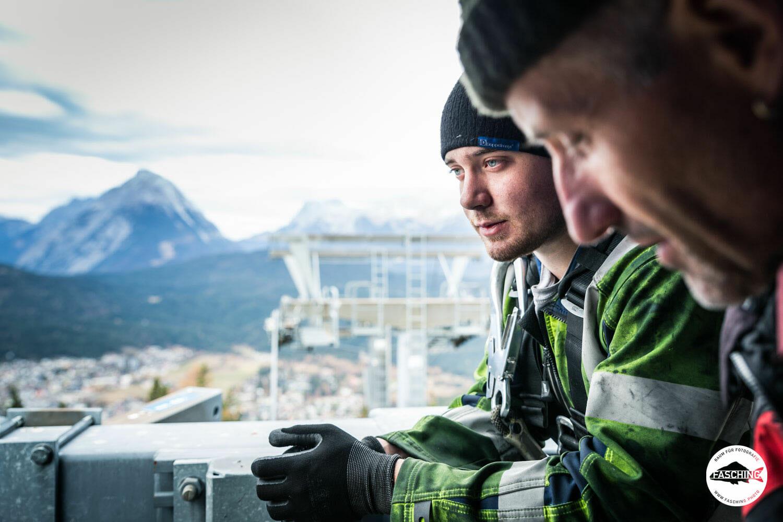 Industriefotograf Luca Fasching reiste durch ganz Österreich um Fotos von Liftstationen in den Bergen zu machen