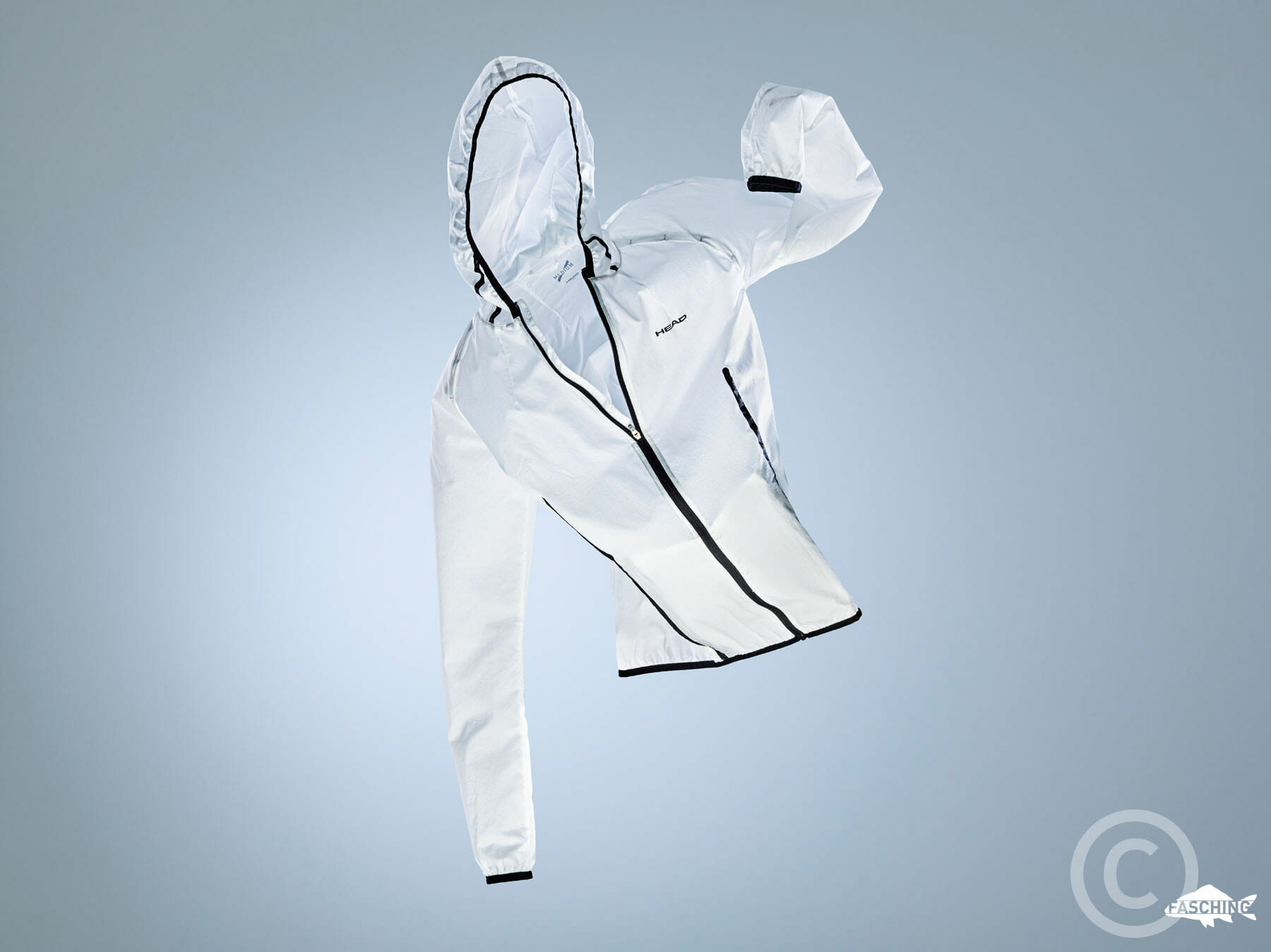Eindrückliche Produktfotografie der HEAD Sportswear von dem vorarlberger Produktfotograf Luca Fasching